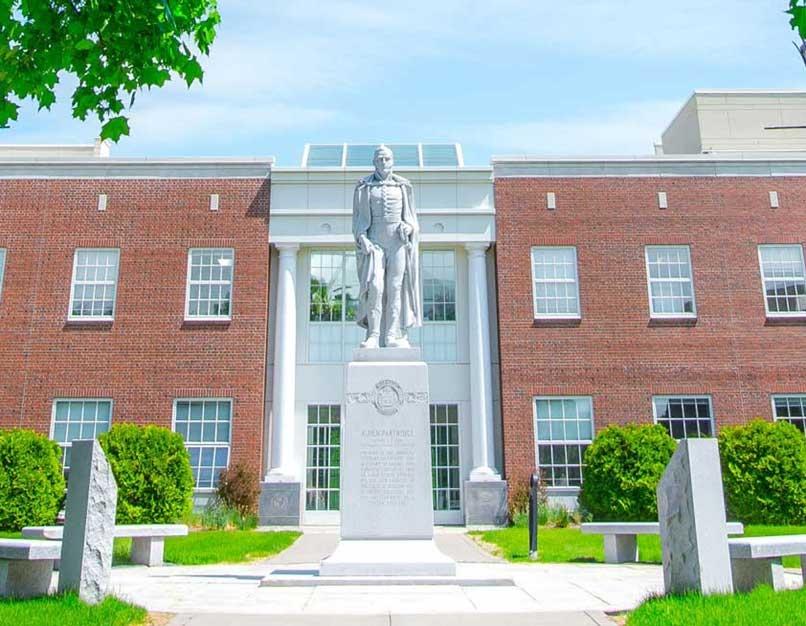partridge statue on norwich campus